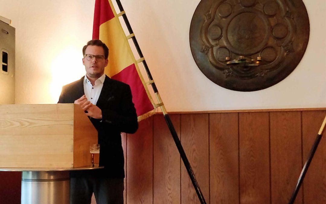 Akademischer Vortrag von Kb Benjamin Kalkum Arm!